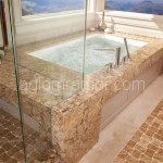 ванная из искусственного камня коричневого цвета