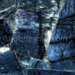 искусственный камень синего цвета